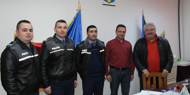 Polițiștii, prietenii elevilor de la Liceul Teoretic Piatra