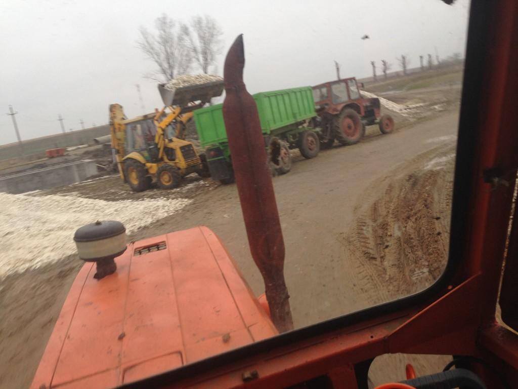 tractorul primarului în acțiune