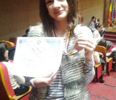 Daria și Rareș Burtea, locul I la Olimpiada de limba română