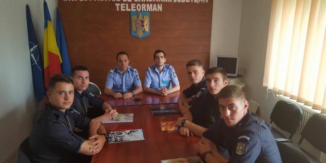 Elevi în practică la Jandarmeria Teleorman