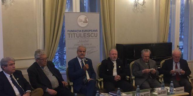 """Fostul procuror Dan Botez a lansat cartea """"Iuliu Maniu – Făuritor al Marii Uniri și tragicul său sfârșit"""", la București"""