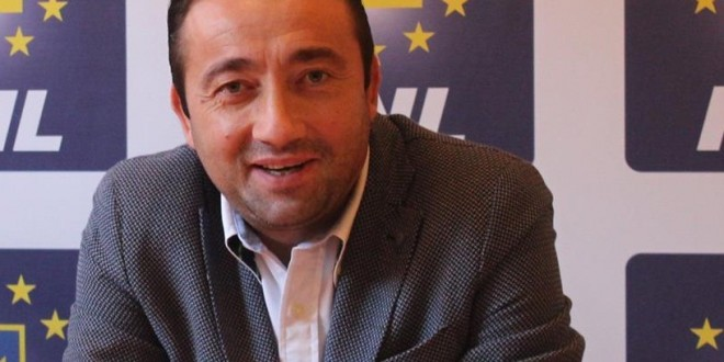 Eu pe cine votez? – Florin Titirișcă e pe tabla de șah a Alexandriei