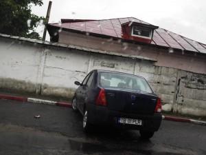 parcare din fața restaurantului Coca Cola