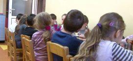 Aproape 20 de copii din Alexandria au ajuns la spital, după ce au mâncat la grădiniță