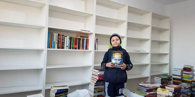 Editura Humanitas a mutat cărțile lui Relu Voicu de pe uliță… în bibliotecă